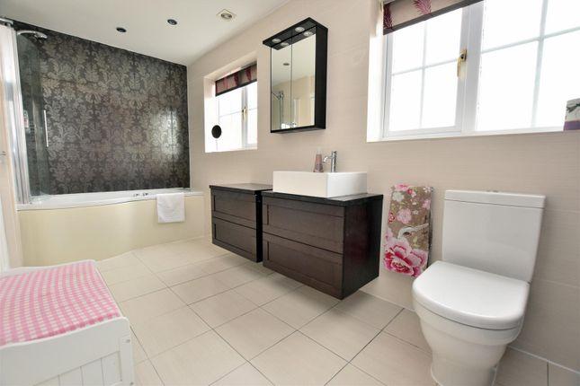 Family Bathroom of Whistlestop Close, Mickleover, Derby DE3