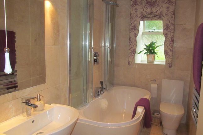 Family Bathroom of Bradshaw Brow, Bradshaw, Bolton, Lancs BL2