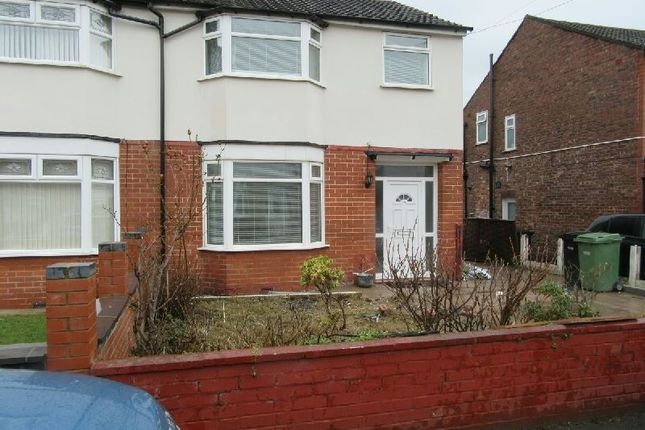3 bed semi-detached house to rent in Rotherwood Avenue, Stretford, Manchester