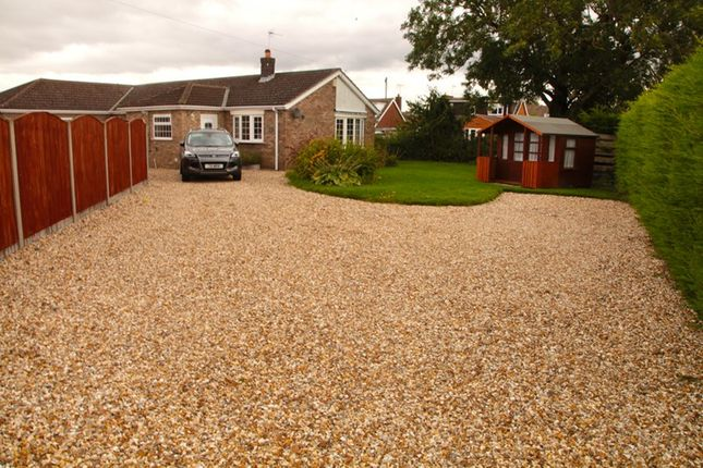 Thumbnail Bungalow to rent in Paynell, Dunholme, Lincoln