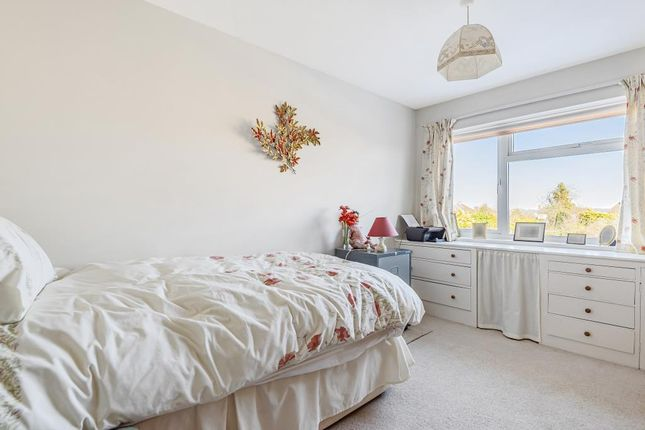 Bedroom of The Pentlands, Kintbury, Hungerford RG17