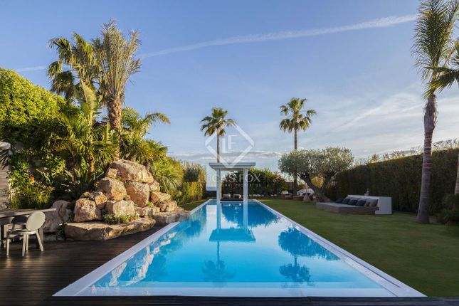 Thumbnail Villa for sale in Spain, Barcelona, Sitges, Vallpineda / Santa Barbara, Sit16879
