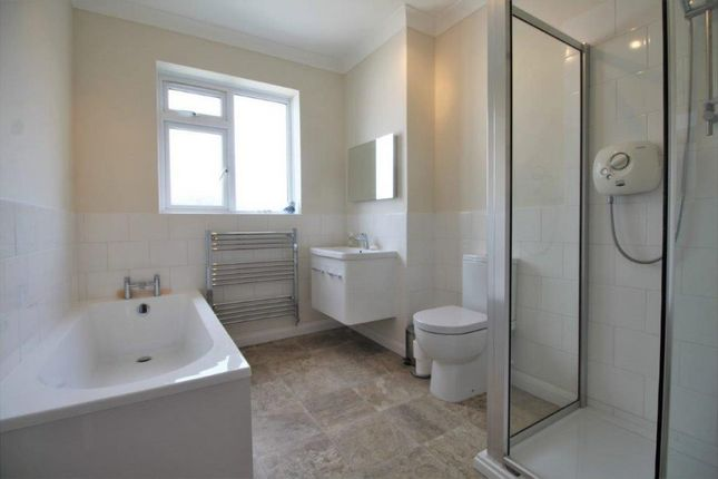 Flat for sale in The Avenue, Westbourne, Bournemouth