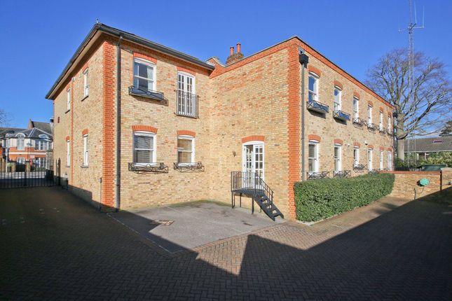 Thumbnail Flat to rent in Locks Yard, High Street, Sevenoaks