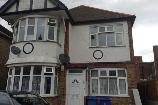 Thumbnail Flat to rent in Sydney Road, Barkingside