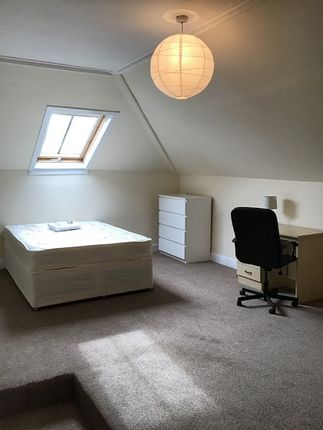 Thumbnail Flat to rent in Ruskin Place, West End, Glasgow