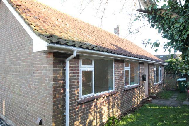 3 bed detached bungalow for sale in Compton, Newbury, Berkshire