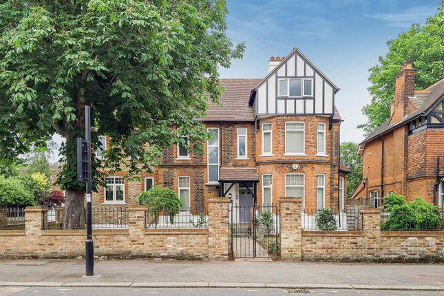 5 bed property for sale in Wellington Road, Enfield EN1