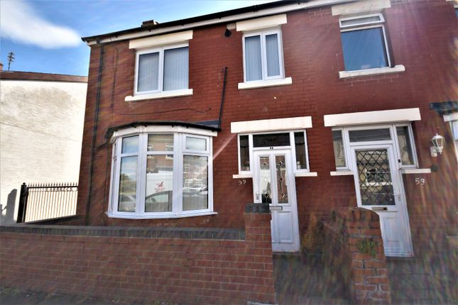Thumbnail Terraced house to rent in Larbreck Avenue, Blackpool, Lancashire
