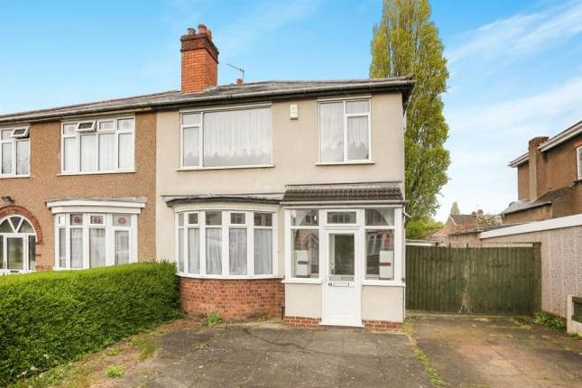 3 bed semi-detached house to rent in Leighton Road, Wolverhampton
