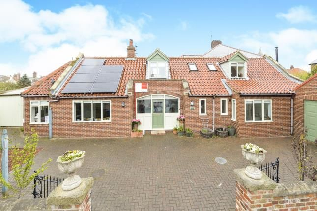 Thumbnail Detached house for sale in Hamilton House, Well Close Terrace, Whitby
