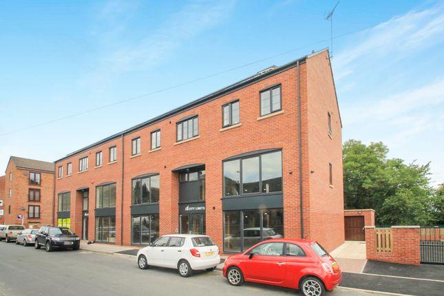 Thumbnail Flat to rent in Lewisham View, Morley, Leeds