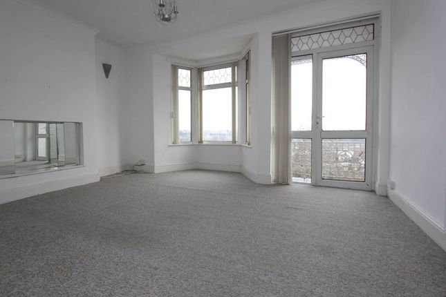 Living Area of Park Avenue, Barry, Vale Of Glamorgan CF62