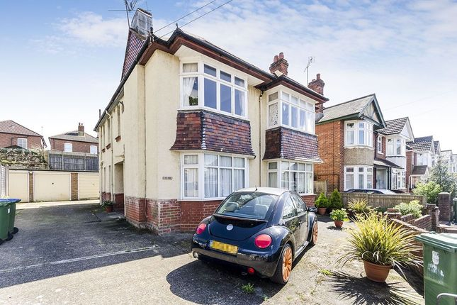 Thumbnail Flat for sale in Eastbourne Avenue, Southampton