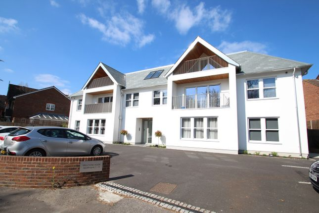Thumbnail Flat to rent in Farnborough Common, Orpington