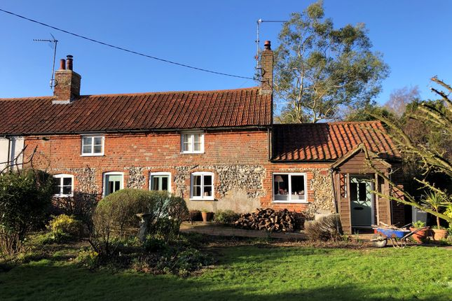 Thumbnail Cottage to rent in Broomsthorpe Road, East Rudham, King's Lynn