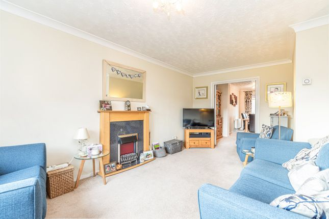 Lounge of The Mixies, Stotfold, Hitchin, Herts SG5