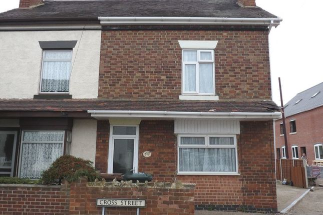 3 bed semi-detached house to rent in Cross Street, Castle Gresley, Swadlincote