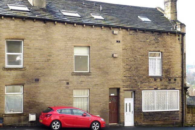 Thumbnail Flat for sale in Beacon Hill Road, Halifax, West Yorkshire