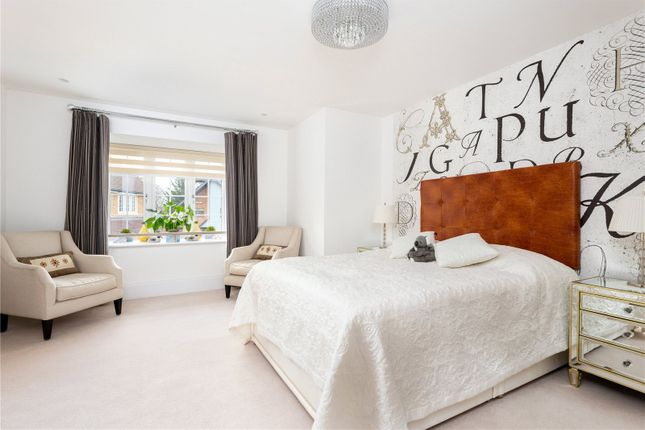 Picture No. 27 of Priest Hill Close, Epsom, Surrey KT17