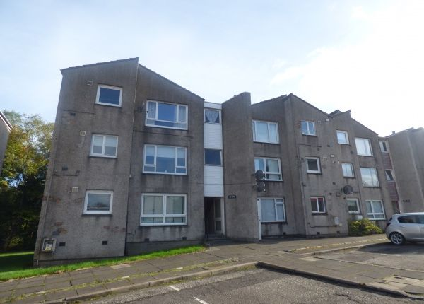 Thumbnail Flat to rent in Morar Drive, Cumbernauld, North Lanarkshire