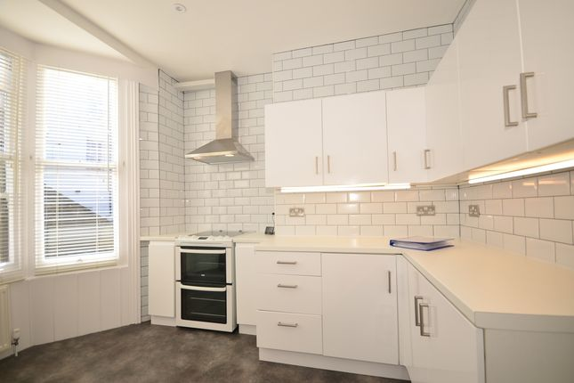 1 bed flat to rent in Lower Market Street, Hove BN3