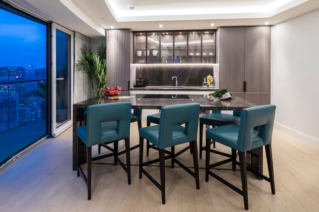 4 bedroom flat for sale in Baltimore Tower, Baltimore Wharf, 25 Crossharbour Plaza, Canary Wharf, London