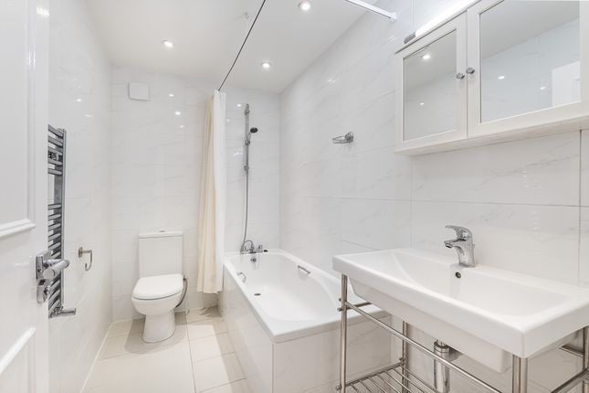 Bathroom of Brompton Square, London SW3