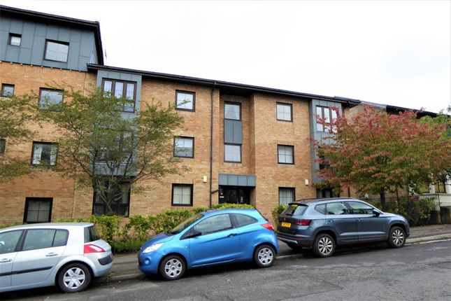 Thumbnail Flat to rent in 3 Westercraigs Court, Dennistoun, Glasgow