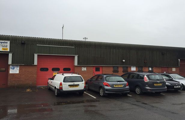 Thumbnail Industrial to let in 24 Chiltern Business Centre, Oxford
