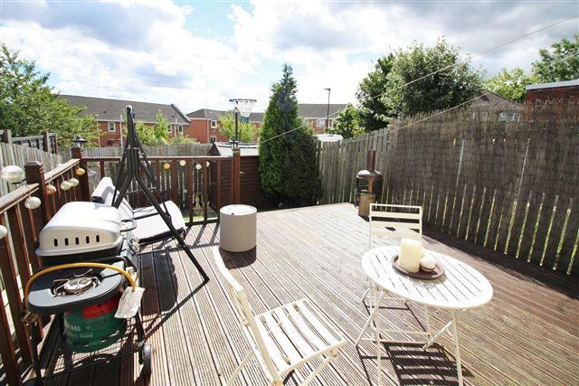 Windy house lane sheffield s2 3 bedroom end terrace for Terrace house season 2
