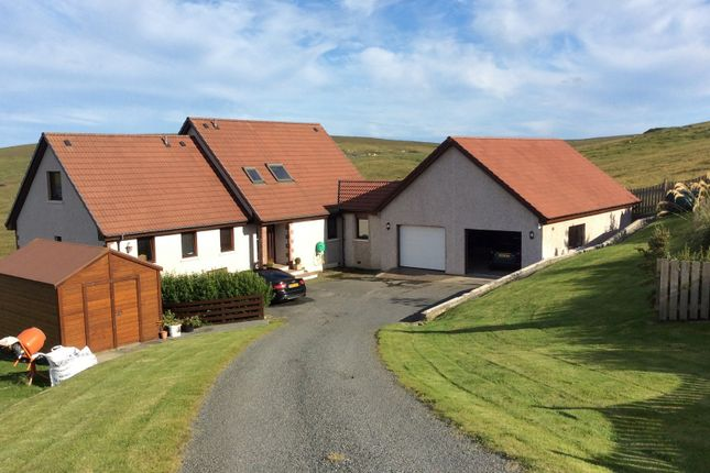 Thumbnail Country house for sale in Hillend, Mid Yell