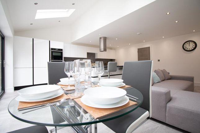 Kiving Kitchen of Mere View, Astbury Mere, Congleton, Cheshire CW12