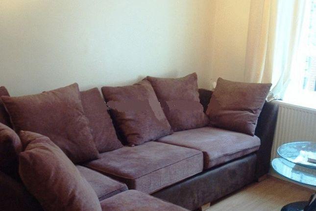 Thumbnail Flat to rent in Skinner Street, Newport