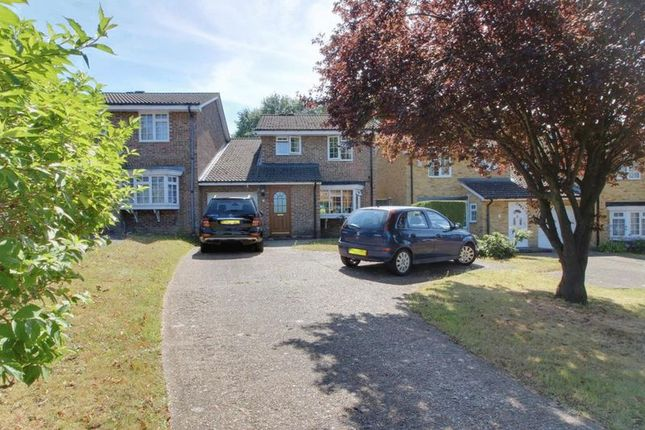 Thumbnail Detached house to rent in Victoria Avenue, Sanderstead, South Croydon