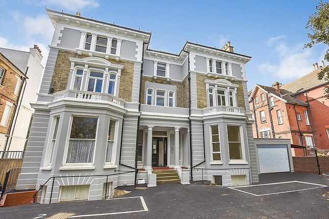 Thumbnail Maisonette to rent in Upper Maze Hill, St Leonards On Sea