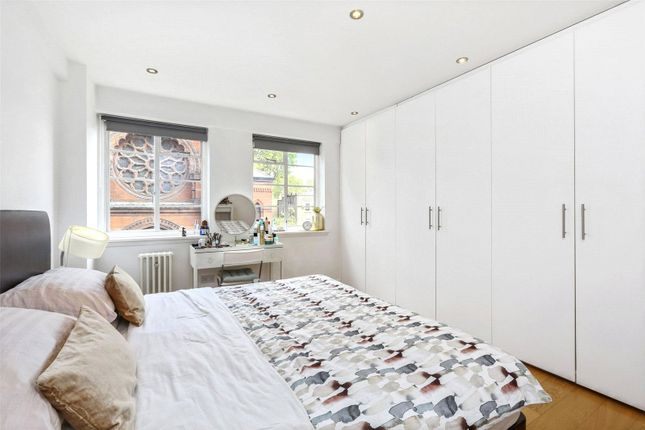 Master Bedroom of St Petersburgh Place, Bayswater W2