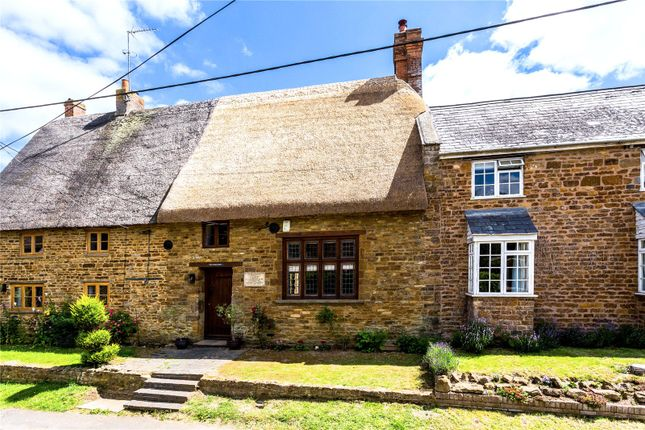 Thumbnail Terraced house for sale in Overthorpe, Banbury, Oxfordshire