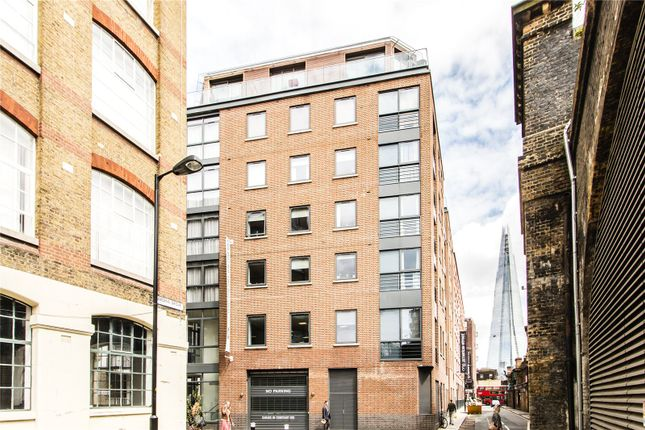 2 bed flat to rent in Keppel Row, London