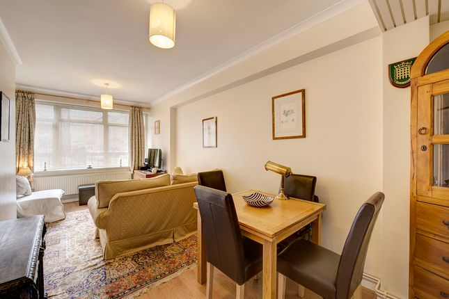 1 bed flat for sale in Catherine Place, Westminster