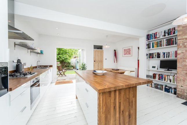 4 bed terraced house for sale in Wellesley Road, London