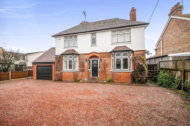 Thumbnail Detached house for sale in Basin Road, Heybridge Basin, Maldon