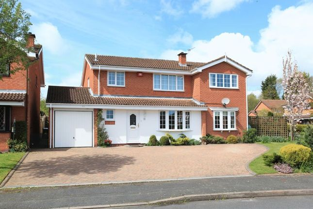 Thumbnail Detached house for sale in 10 Grebe Close, Holmer Lake, Telford