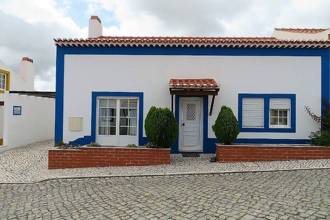 3 bed detached house for sale in A Dos Negros, A Dos Negros, Óbidos