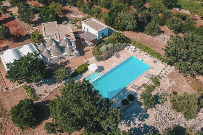 Thumbnail Villa for sale in Contrada Trazzonara, Martina Franca, Taranto, Puglia, Italy