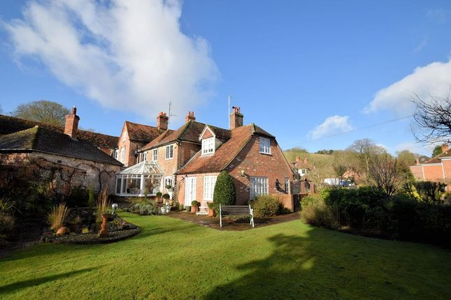 Thumbnail Semi-detached house for sale in High Street, Streatley
