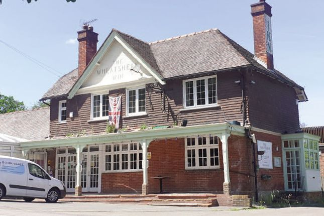 Thumbnail Pub/bar for sale in Grayswood Road, Haslemere, Surrey