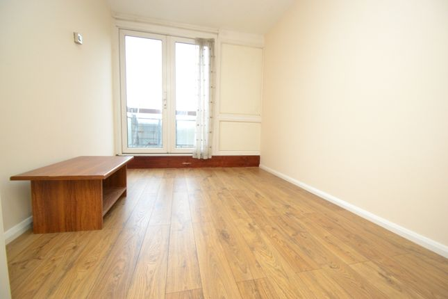 Thumbnail Flat to rent in Excelsior Close, Kingston Upon Thames, Surrey