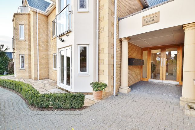 Thumbnail Flat for sale in Bethany House, Slades Hill, Enfield