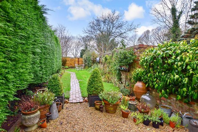 Thumbnail Terraced house for sale in Brenchley Road, Brenchley, Tonbridge, Kent